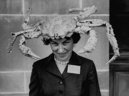 robert-w-kelley-woman-wearing-a-crab-hat-at-the-league-of-women-voter-s-convention