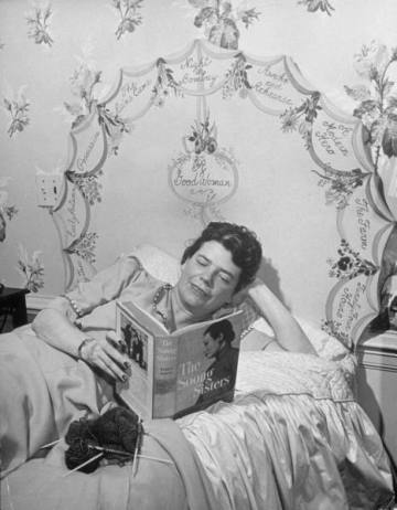 mrs-louis-bromfeld-reading-in-bed