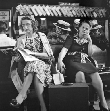 people-traveling-by-bus-1943-25