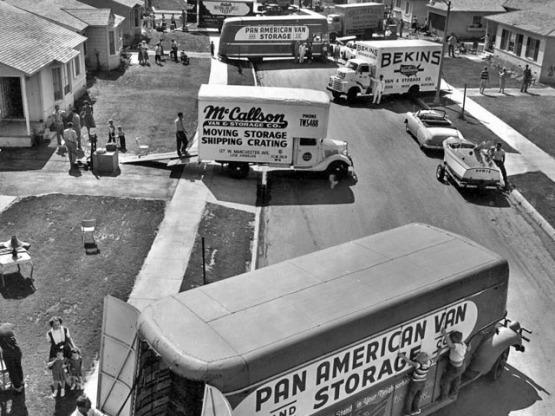 life-magazine_los-angeles-development-boom-1953_moving-feat