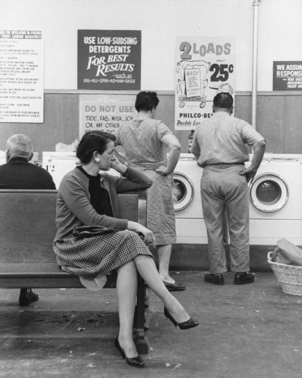 6e5c0b3bdd5cc642e7346b46028430a1--coin-laundry-vintage-laundry